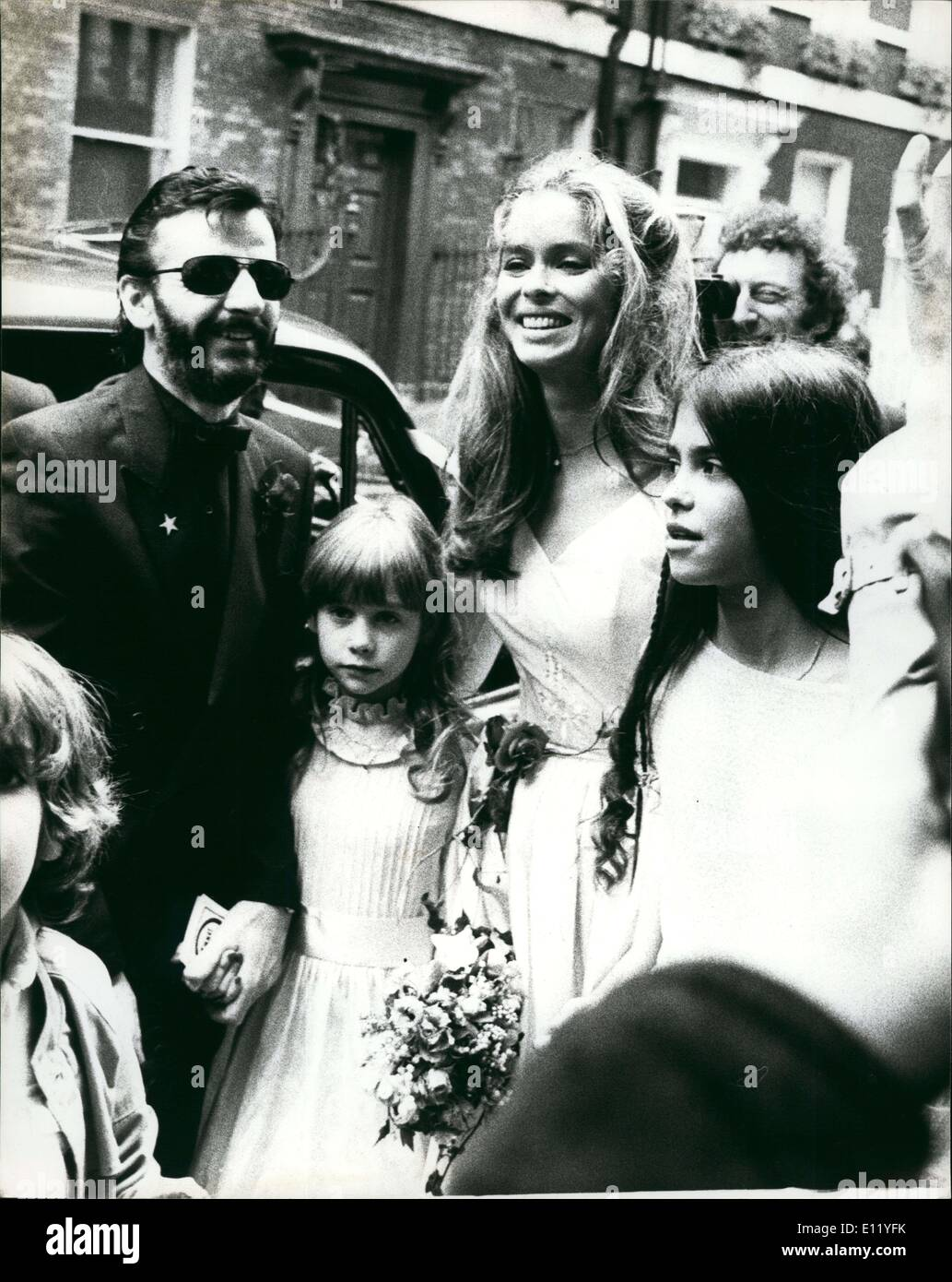 Apr. 04, 1981 - Beatles Together For Ringo's Wedding: Former Beatles paul Mocartney and George Harrison were among the celebraities who attended the wedding of their former fellow band member Ringo Starr in London today. 41 year old Ringo married the girl he has been dating for the past year, 36 year old American actress Barbara Bach. The couple. Who are staying at the Orchestrate Hotel, were wed in a short Germany at Marylebone register office in London - Stock Image