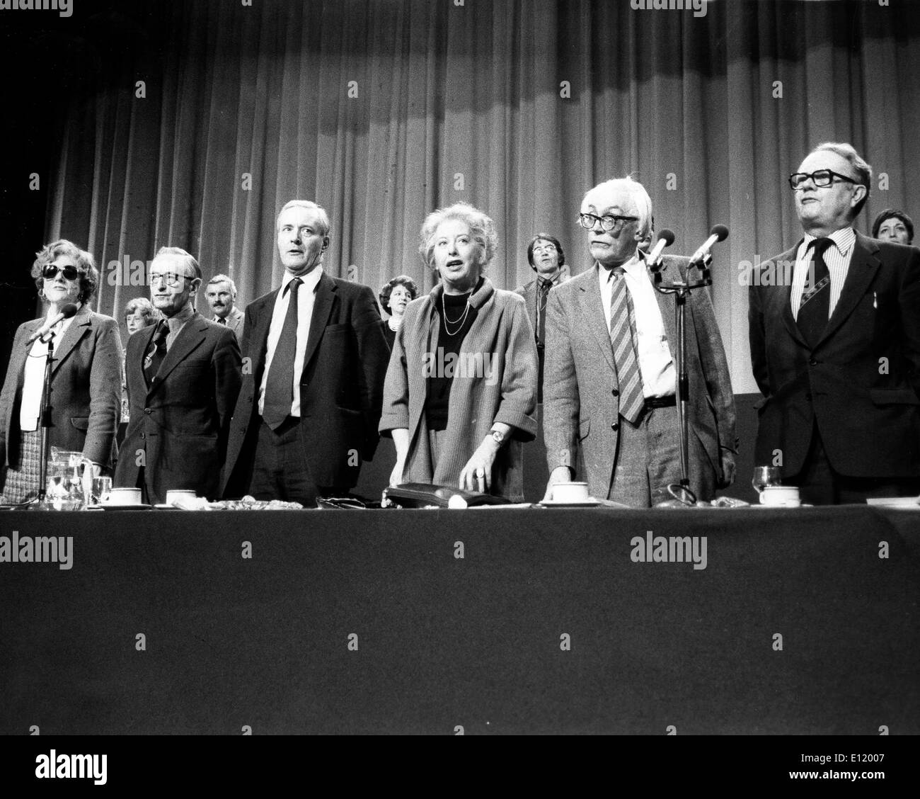 JOAN LOSTER, FRANK ALLAUN, TONY BENN, JUDITH HART, MICHAEL FOOT and RON HAYWARD after Labour's Left Wing victory - Stock Image