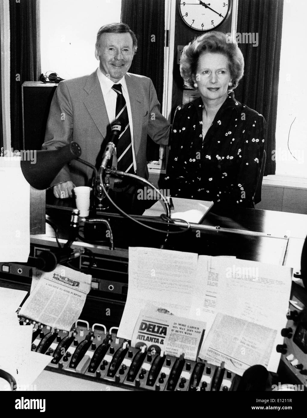 Interview Two People Black And White Stock Photos Images Alamy Thatcher Wiring Diagram Prime Minister Margaret With Jimmy Young Image