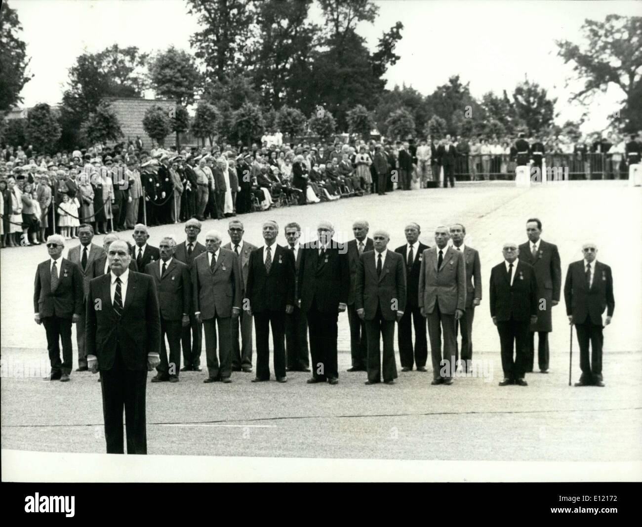 Jun. 19, 1981 - Mitterrand hosted the ceremonies for the June 18 Appeal's 41st anniversary at Mount Valerien. K - Stock Image