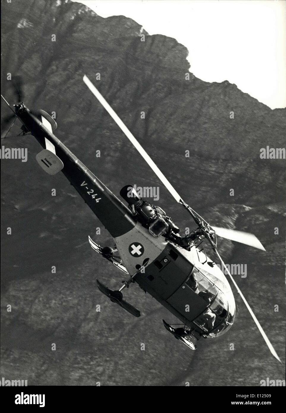 Oct. 04, 1986 - Swiss Airforce-Training in the Alps: Several times a year Swiss Airfore-Pilots have the possibility in training - Stock Image
