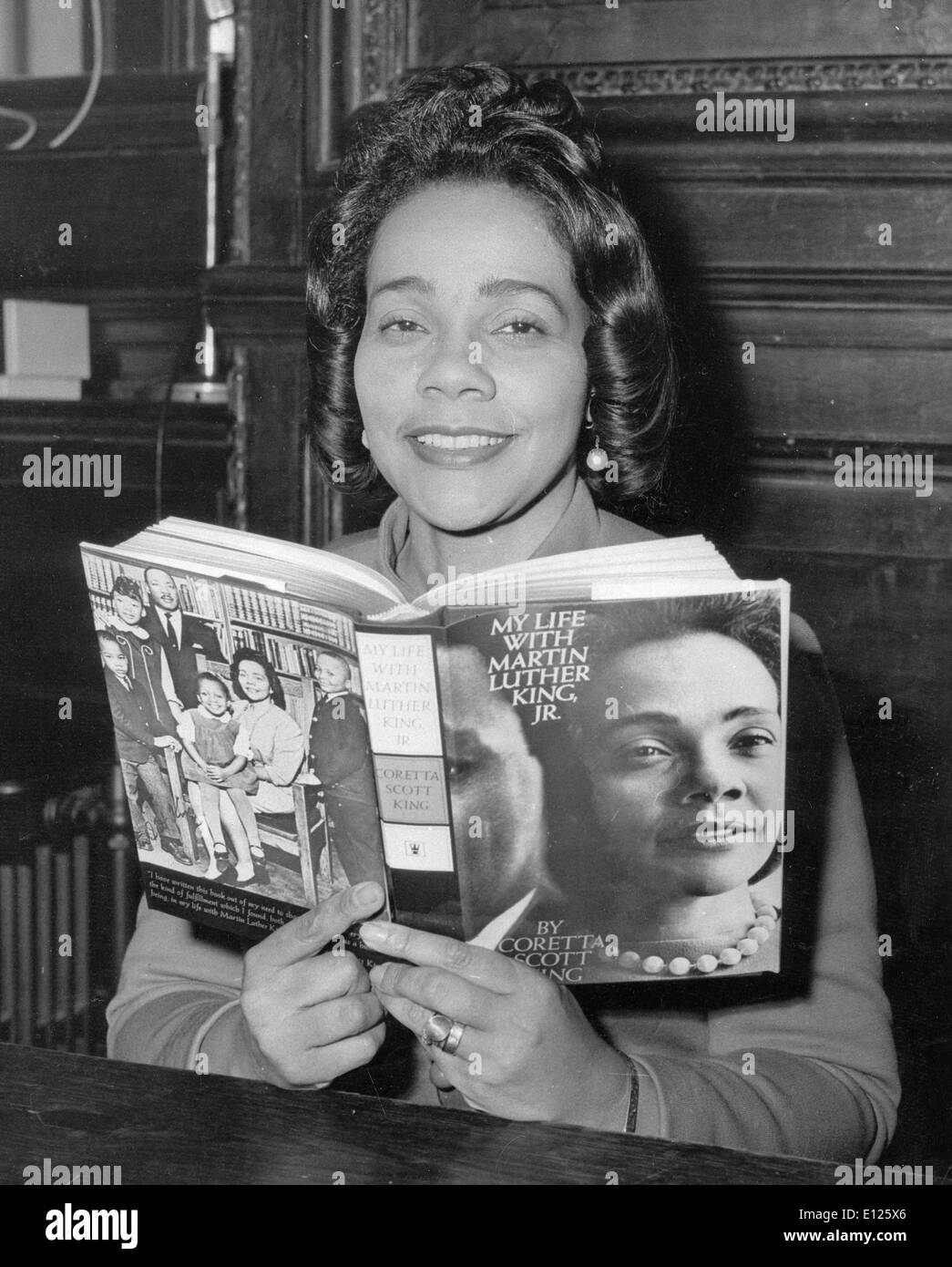 Jan 31, 2006; Atlanta, GA, USA; (File Photo: 1969 ) CORETTA SCOTT KING (April 27, 1927 Ð January 30, 2006) was the wife of the slain civil rights activist Martin Luther King, Jr. and a noted community leader in her own right. She died January 30, 2006 at the age of 78 in her sleep at a Mexican rehabilitation center where she was undergoing holistic therapy for her stroke. Her body will be returned to Atlanta and buried next to her husband at The King Center. PHOTO: At Launch of her book 'My Life with Martin Luther King Jr.'. (Credit Image: KEYSTONE Pictures USA/ZUMAPRESS.com) Stock Photo