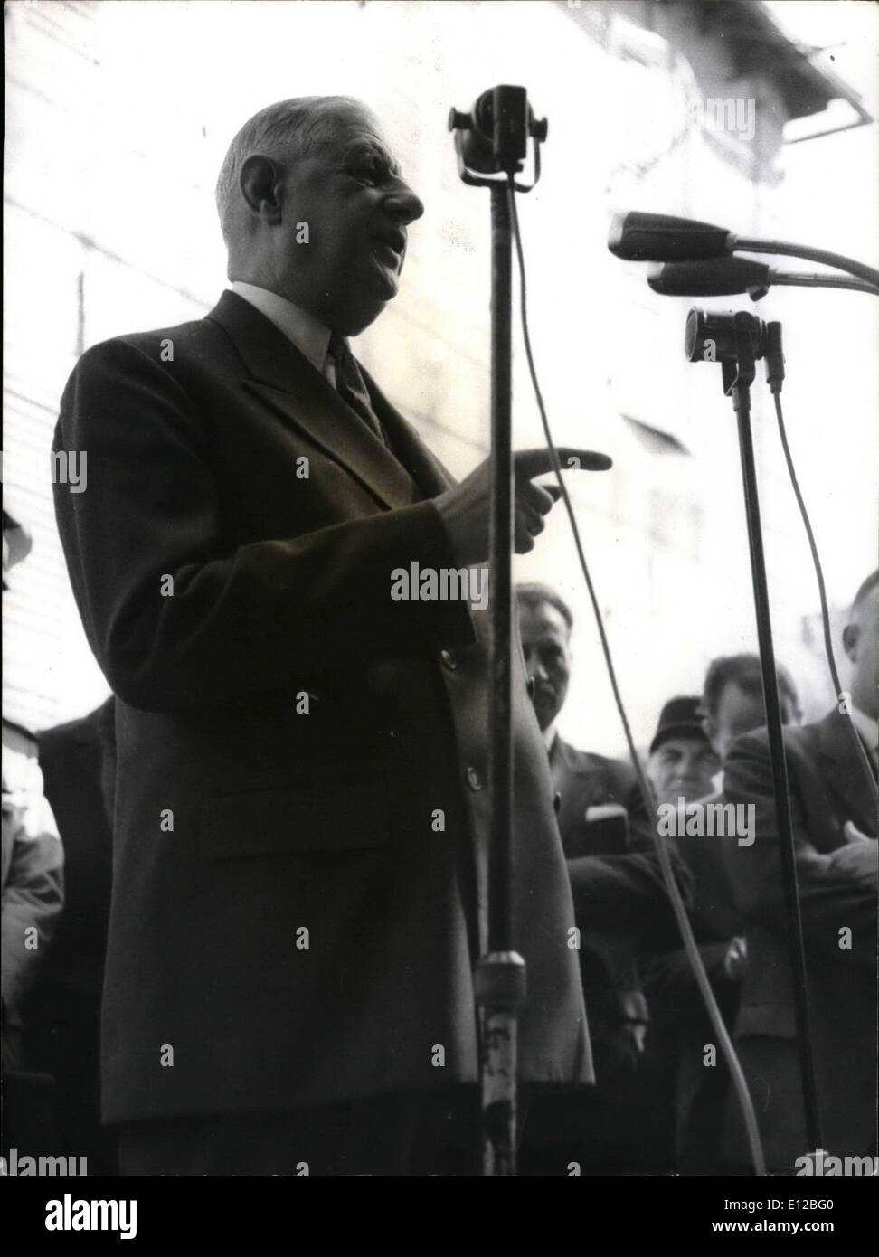 Dec. 09, 2011 - Appeal for National Unity: Photo shows General de Gaulle addressing the farmers of a little visit during this three - day tour of Central France. In all his speeches, de Gaulle made appeal for national unity. - Stock Image