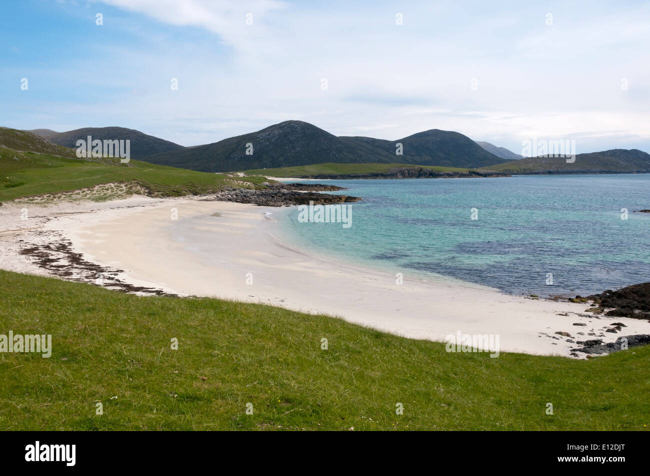 Deserted South Harris beach of Tràigh na Cleabhaig in the Outer Hebrides. - Stock Image