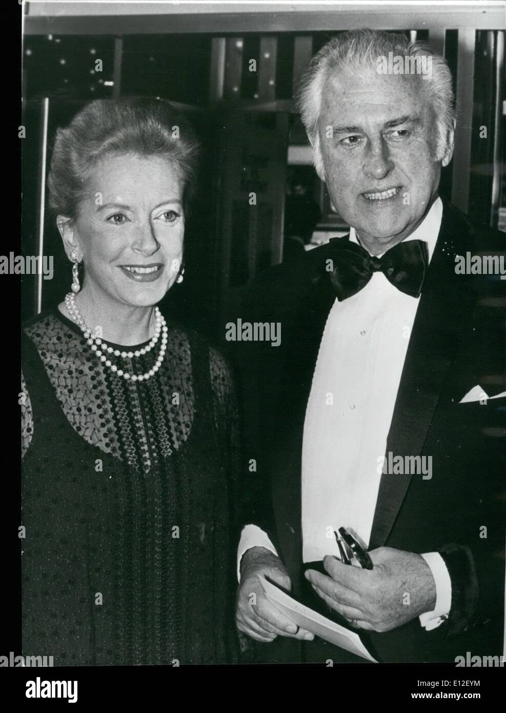 Dec. 21, 2011 - Stewart Granger & Deborah Kerr At Royal Film Premiere: A galaxy of stars were present at last night's Royal Film Performance of ''Kramer vs Kramer'' which was shown in the presence of the Queen and Prince Phillip. Among the guest celebrities were Stewart Granger and Deborah Kerr. Photo shows. Stewart Granger and Deborah Kerr at last night's premiere at the Odeon, Leicester Square. - Stock Image