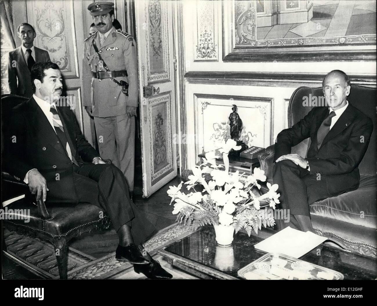Dec. 26, 2011 - Le Vice President D'Irak A L'Elysee. Le Vice President Irakien, Mr. Saddam Hussein, en visite officielle a Paris, a ete recu ce matin au Palais de L'Elysee par Le President Valery Giscard D'Estaing. NPM: Mr. Saddam Hussein (g) et Mr. Giscard D'Estaing pendant leur entretien a L'Elysee. - Stock Image