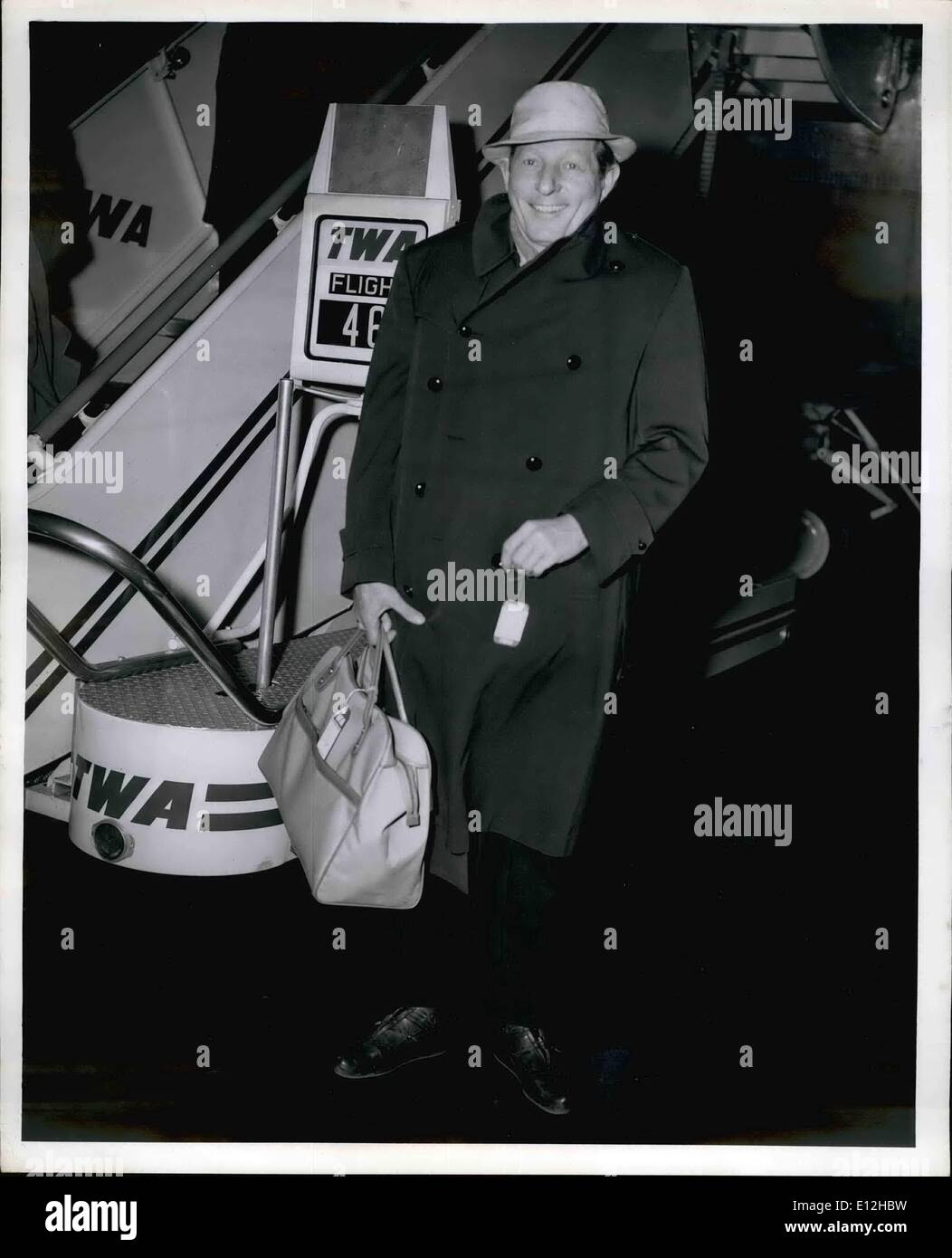 Jan. 04, 2012 - Idlewild Airport, N.Y., March 23 - Gagster Danny Kaye arrived in town via TWA's Jet liner from San Francisco with a print of his new film ''Five Pennies'' which he plans to show to Paramount Picture executives during his week long visit in town. - Stock Image