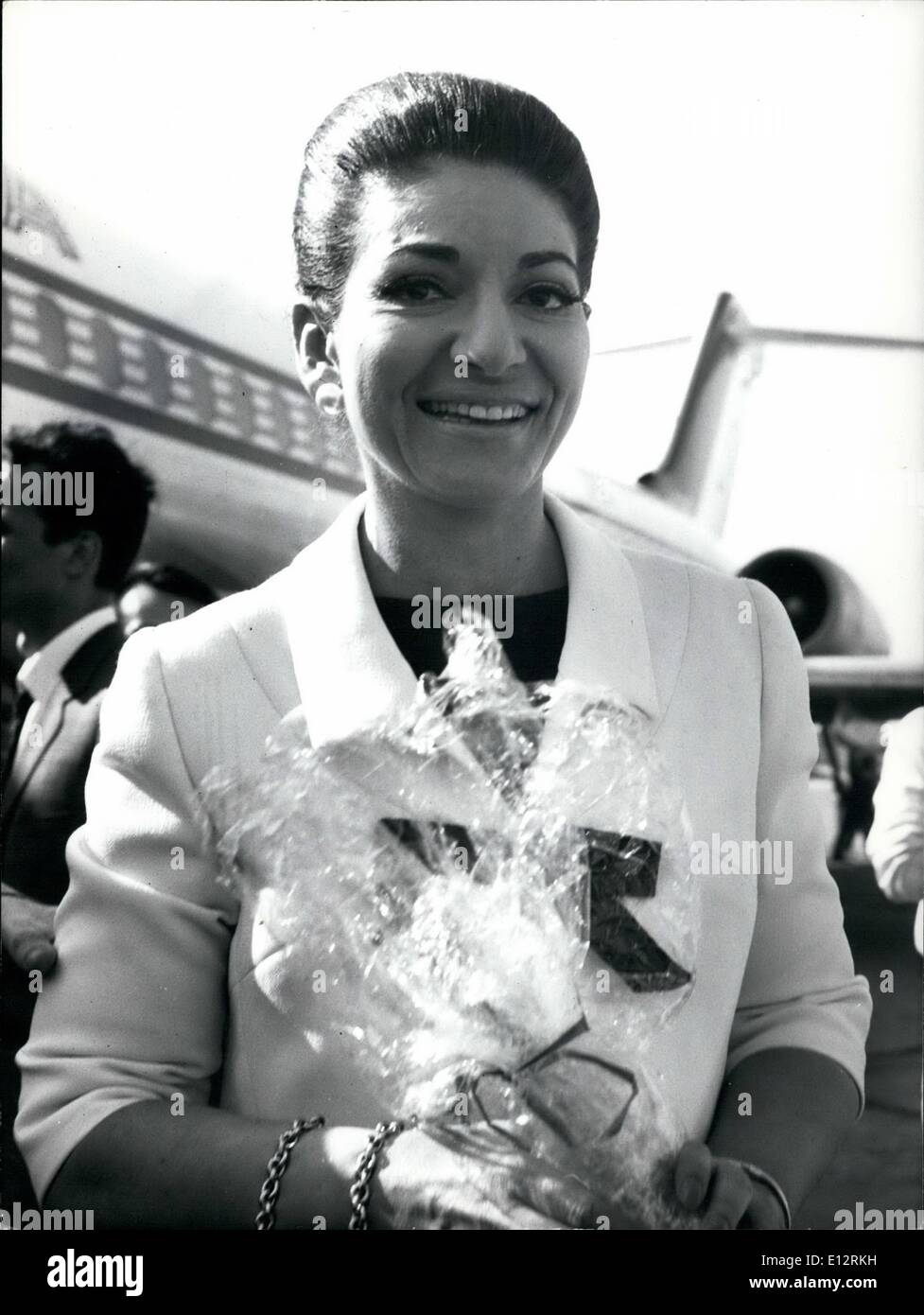 Feb. 24, 2012 - Famous soprano Maria Callas arrived today in Rome to accord with the director Pier Paolo Pasolini and for the try of the dresses of the film ''Meded'' that will begin in few days. She was received at Fiumicino Airport by Franco Rossellini producer of the film. - Stock Image