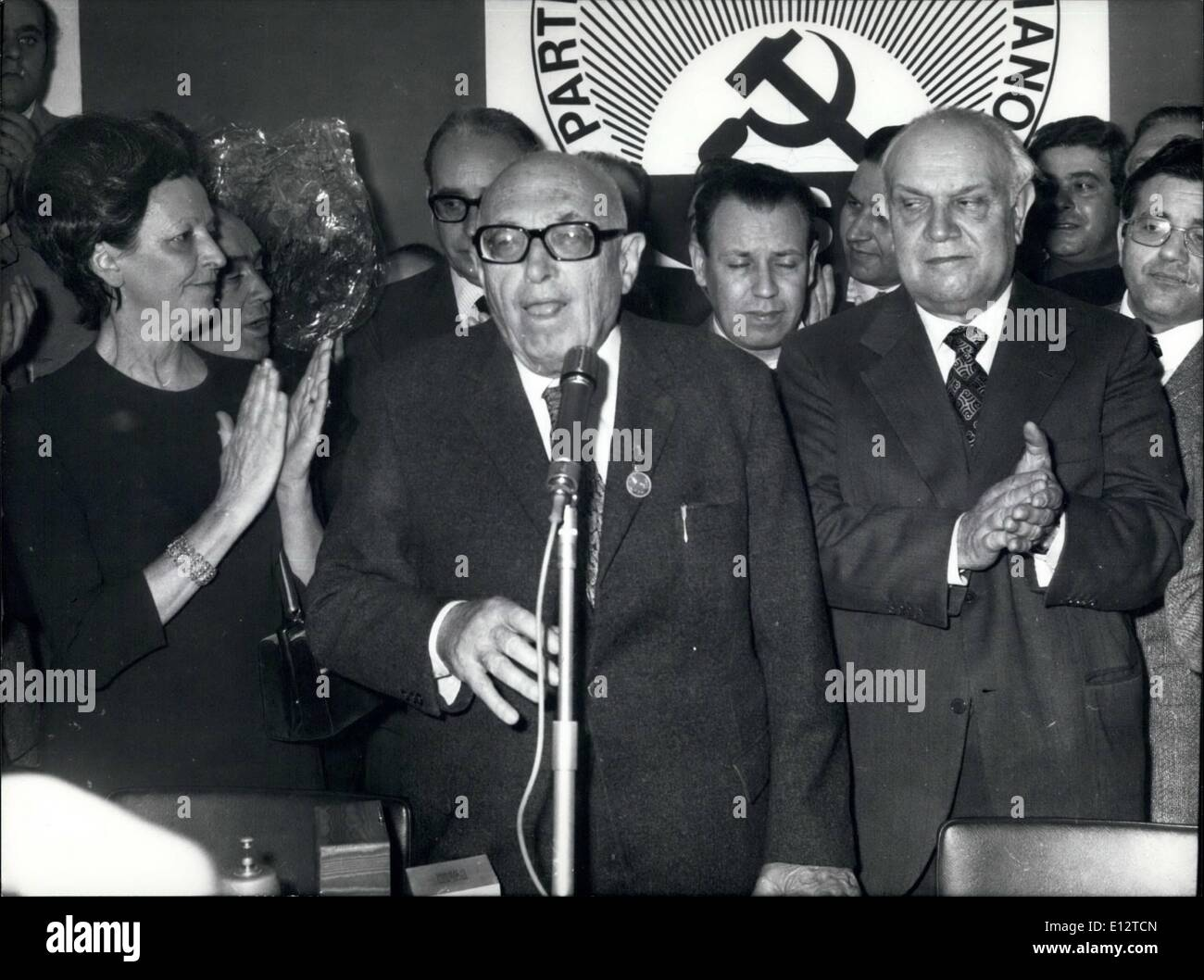Feb. 24, 2012 - Pietro Nenni, the old leader of the Italian Socialism, has eighty years and the Direction of the PSI (Italian Socialist Party) celebrated him. Photo shows Pietro Nenni, center) feasted by Vice Prime Minister Francesco De Hartino (right) and by Luciana Nenni, daughter of the leader. - Stock Image