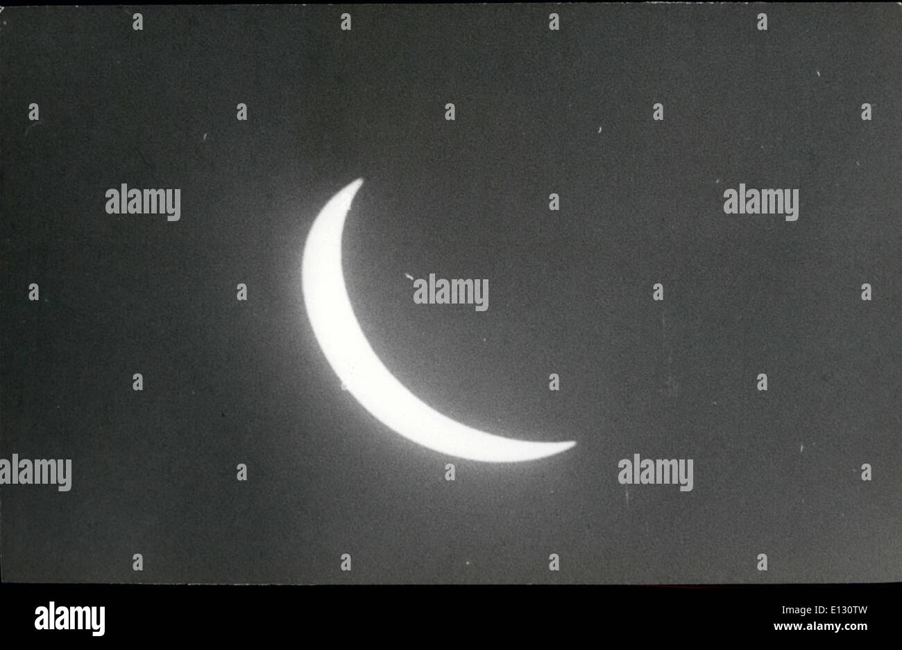 Feb. 26, 2012 - The maximum phase in which the solar eclipse was seen in Cuba. Hour: 13.08. - Stock Image