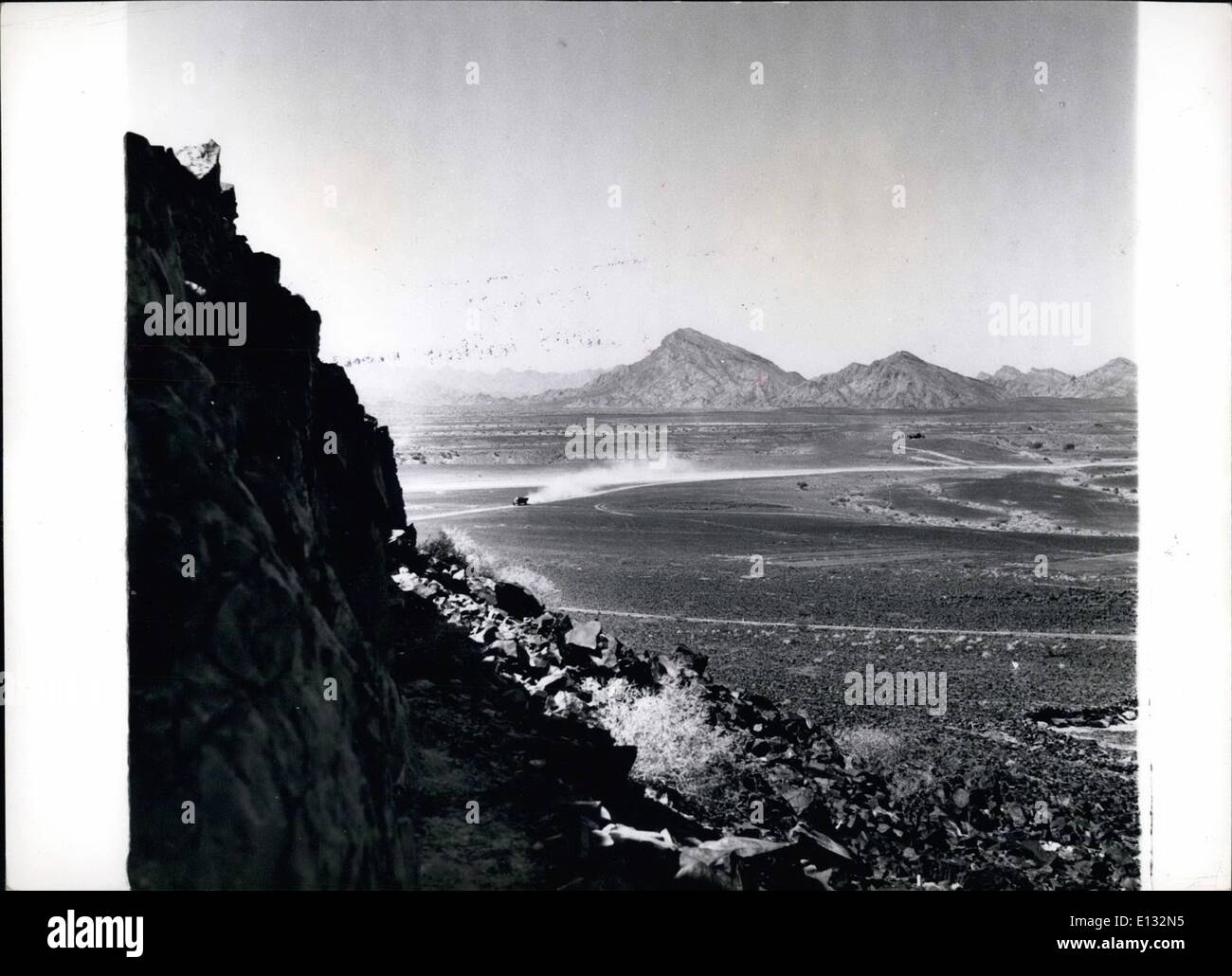 Feb. 26, 2012 - Yemen-Aden Border.: The lonely ambush country of the Aden protectorate showing they Yemen border in the background. - Stock Image
