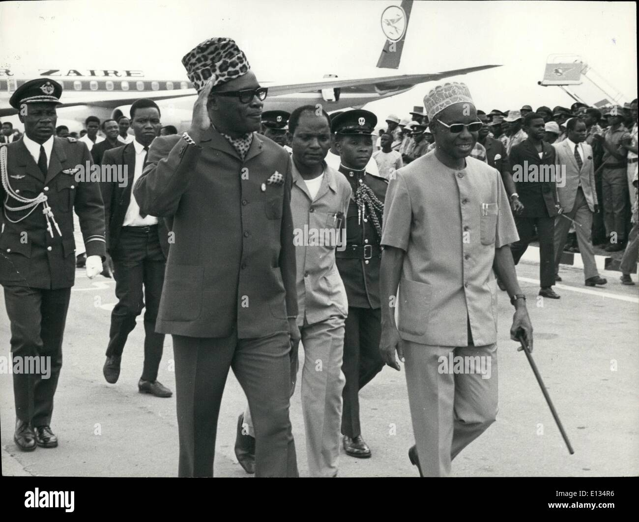 Feb. 26, 2012 - Zaire President Mobutui Sese Seko L , on visit to Tanzania, with President Nyerere. - Stock Image