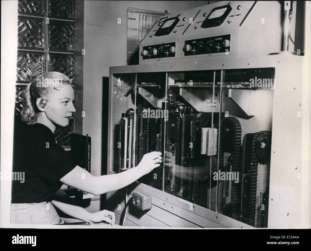 Feb. 29, 2012 - You are always within call'' with the ''Mechanicall'' new invention in use in new york. ''Mechanicall'' is the name of an invention which has been cut into service in new york - and which should prove to be invaluable to businessmen - particularly doctors. The machine holds 60 audio slides that call to all, listeners mechanical subscribers carry an air-call receiver which weighs 7 czs. and is 6 inches high - and can be comfortably carried in the pocket. when a subscriber is out traveling -etc - Stock Image