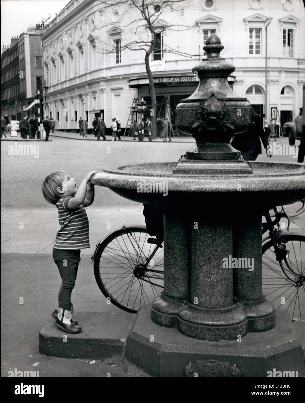 Feb. 29, 2012 - Artistic thirst – Romany ants a drink and finds the fountain a little bit above him. - Stock Image