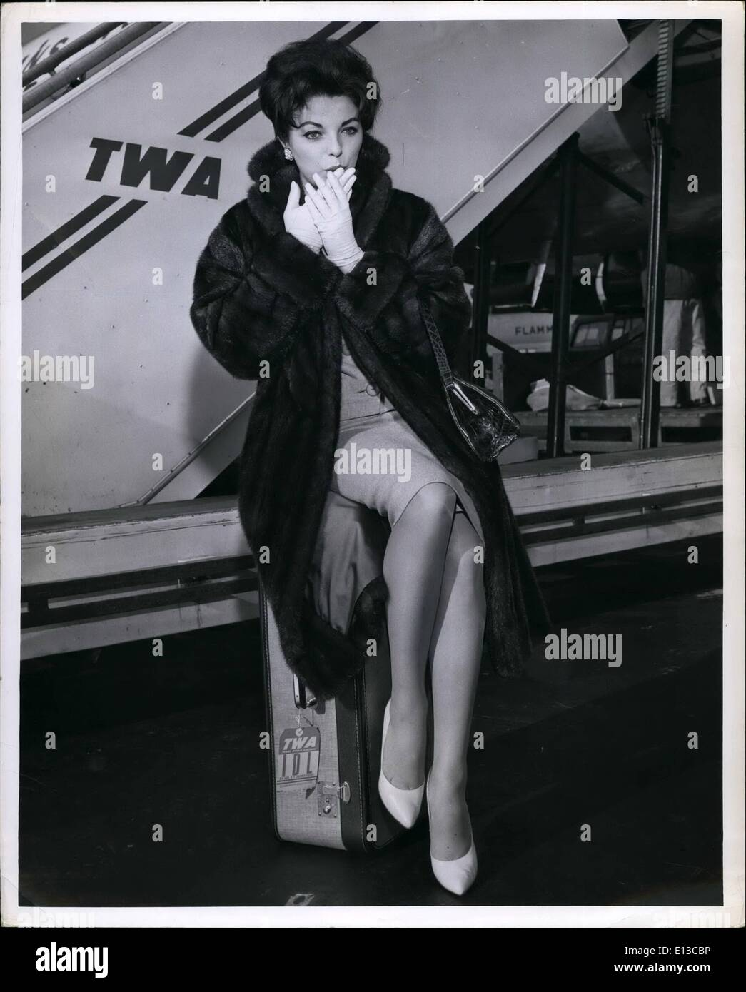 Feb. 29, 2012 - Glamorous Joan Collins arrives at Idlewild from Los Angeles via TWA Jetstream in advance of her new century-fox - Stock Image