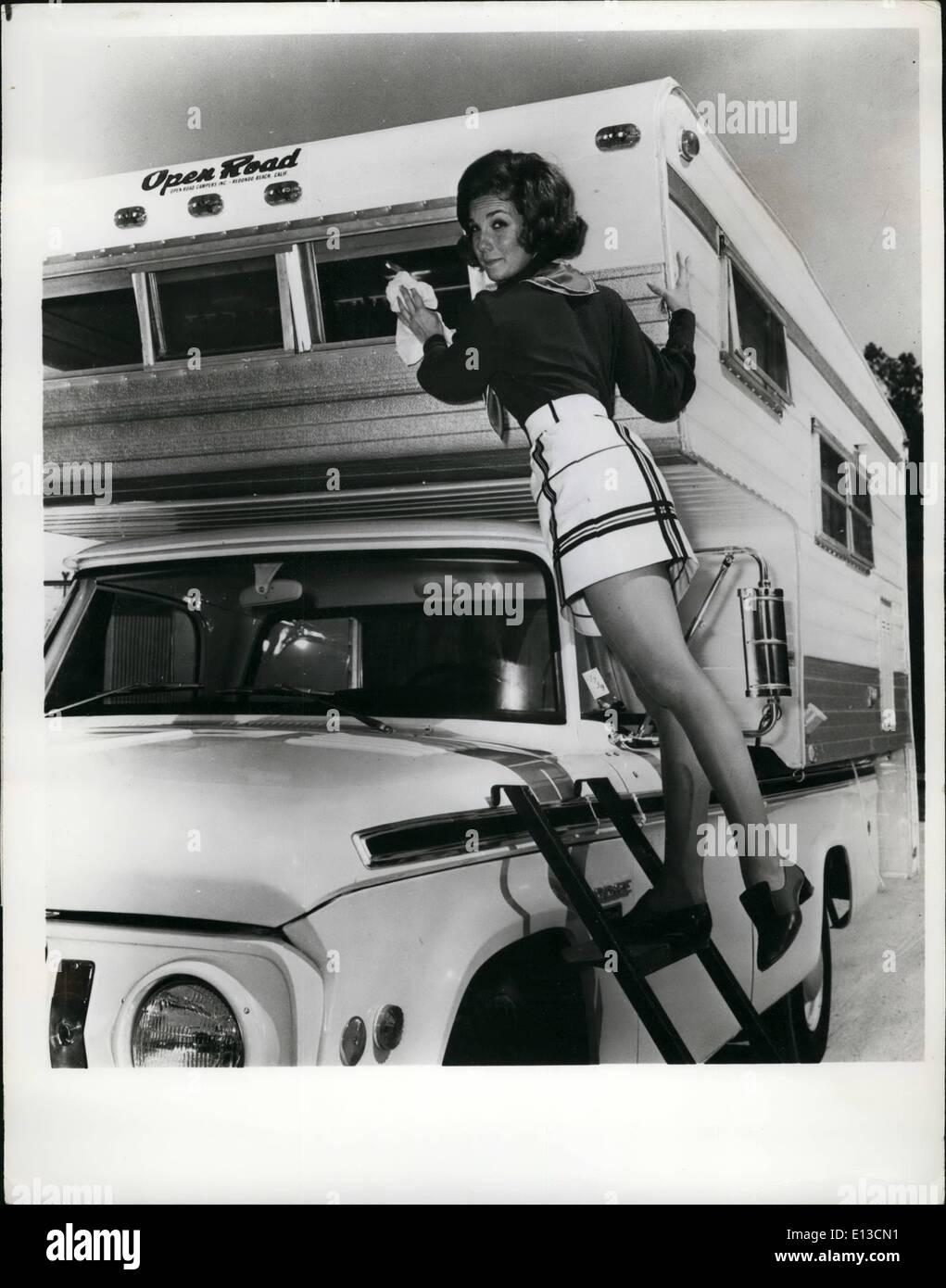Annette Haven,Verna Gaston (1950?005) Sex video Hilary Van Dyke,Joanna Lumley