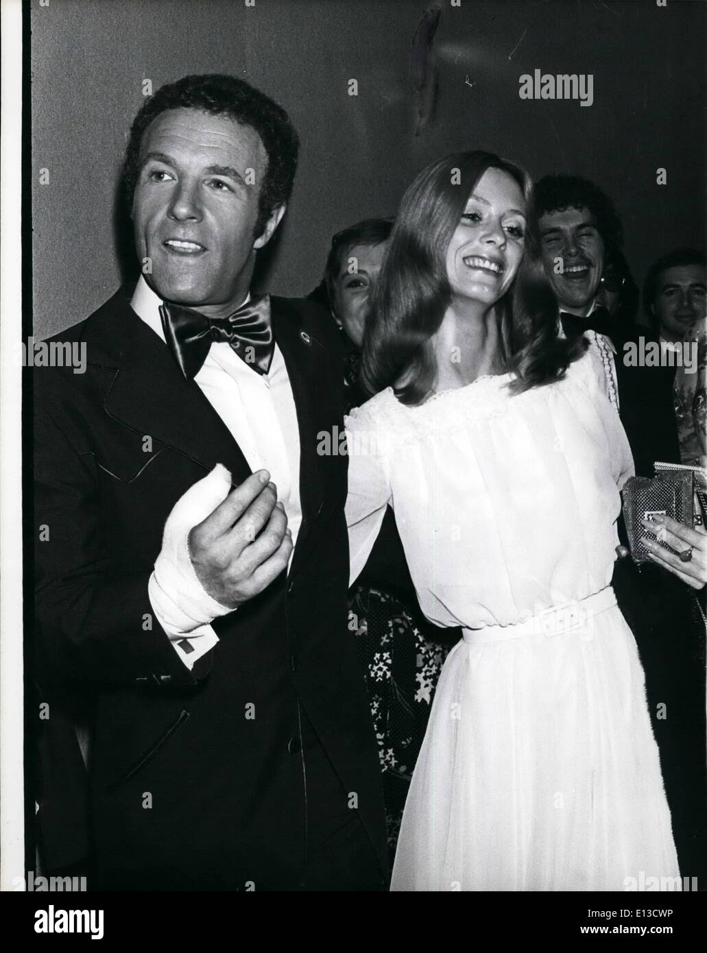 Feb. 29, 2012 - Premiere Of Funny Lady-starring James Caan and Barbara Streisand-opens in Washington, D.C. Sunday March 9: James Caan with girl friend Connie Kreskie seen at opening of his latest film in which he and Steisand appear together for the first time. - Stock Image