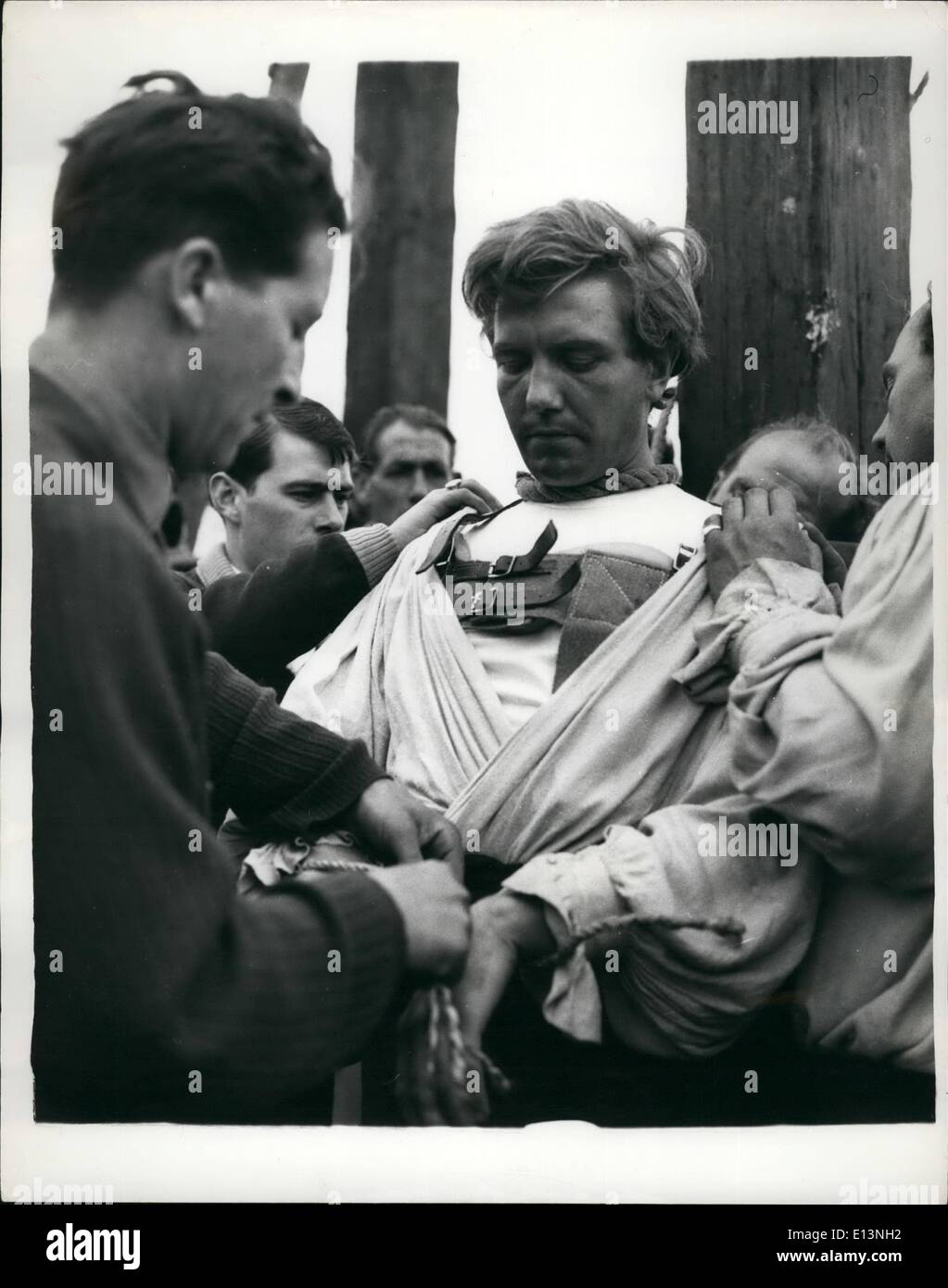Mar. 22, 2012 - Well, I'm Hanged ! They hanged 1962's brightest star: Albert Finney, to the Tyburn of 1745. But Stock Photo