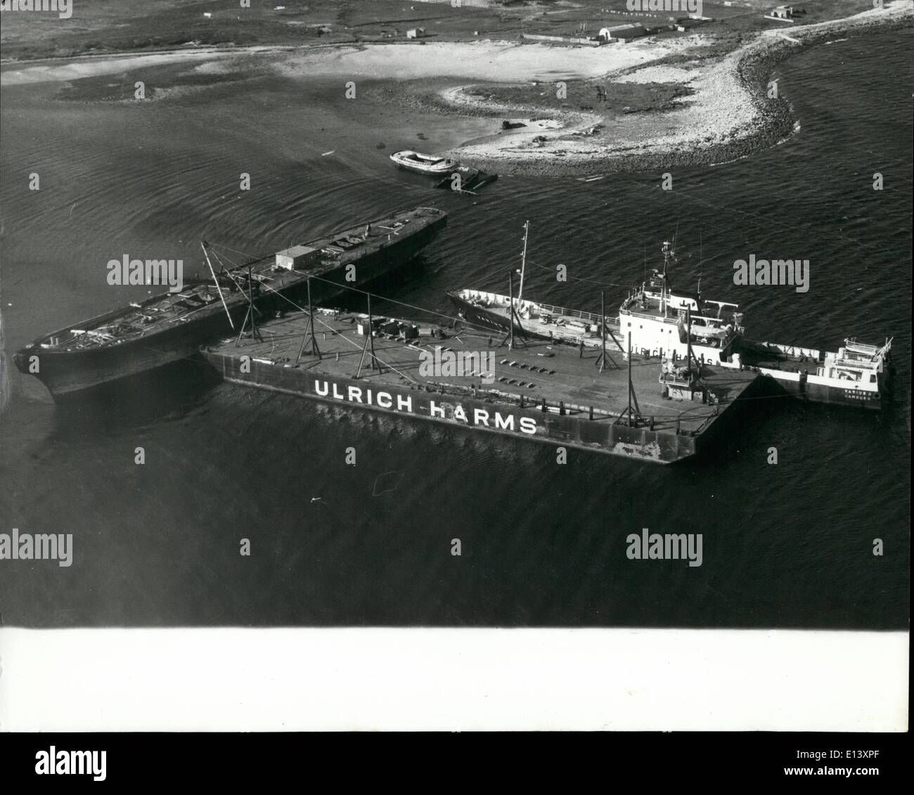 Mar. 27, 2012 - View of the S.S. Great Britain as the mast was lowered Mulus III pontoon and tug Various alongside all in Sparrow Cove. - Stock Image