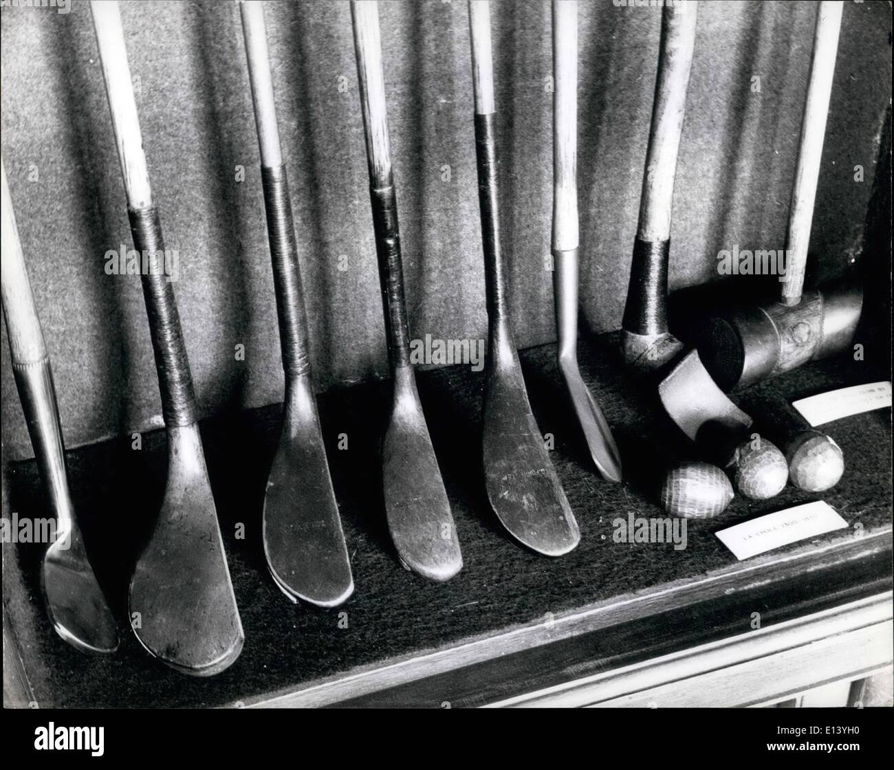 Mar. 27, 2012 - Famous Club: in the St. Andrews clubhouse are these fine specimens of clubs by the famous. on the right are a Jeu De Mal (1717) and la Chole. (1300-1830) - Stock Image