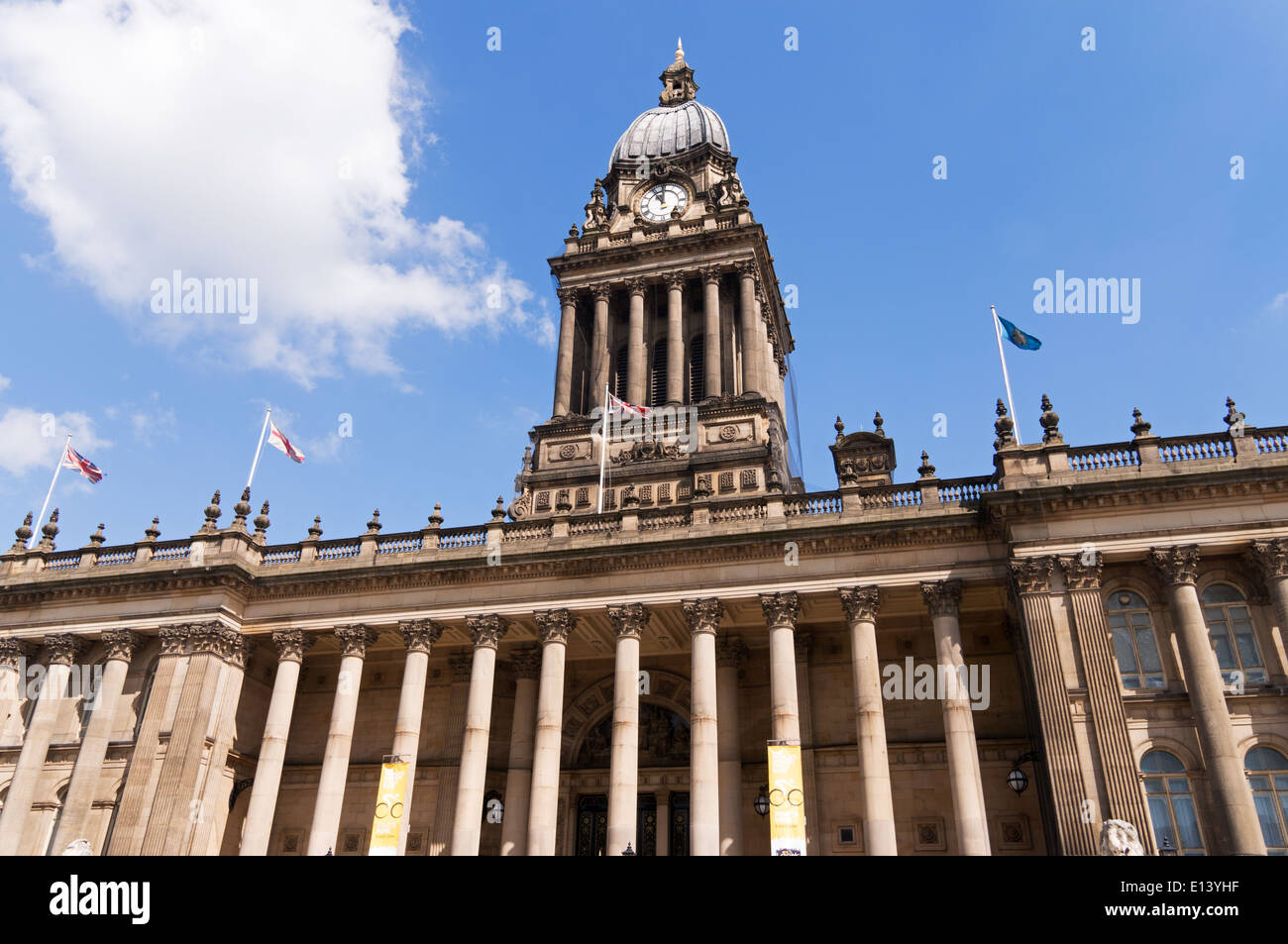 Leeds Town Hall, Yorkshire, England, UK - Stock Image
