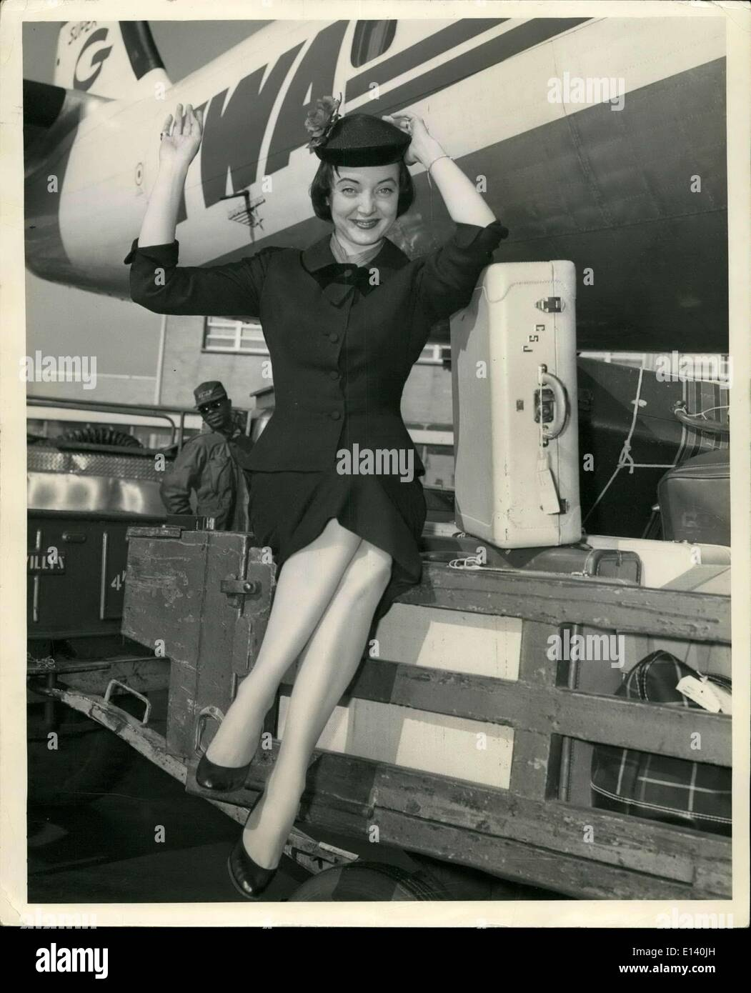 Mar. 31, 2012 - Bachelor Party girl arrives: Hollywood actress Carolyn Jones arrives in New York via TWA to publicize her new motion picture ''The Bachelor Party''. Miss Jones, the Texan beauty, will also model a 60 foot portrait of herself for the world's biggest Billiboard over the Victoria Theater. - Stock Image