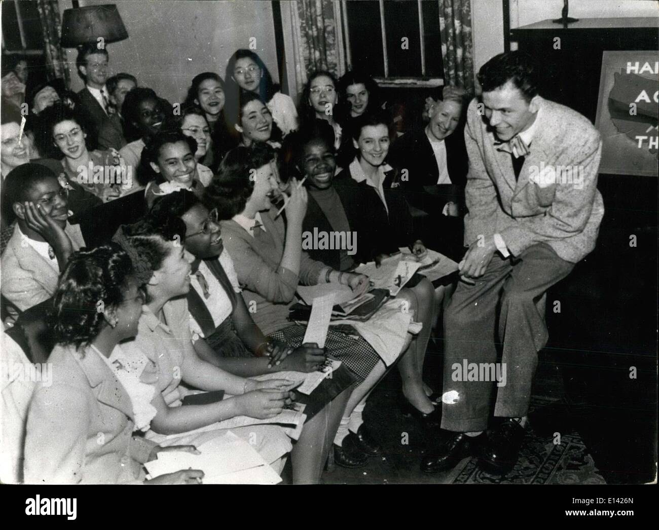 Mar. 31, 2012 - ''The Voice'' Turns Academic... Frank Sinatra -- the famous ''Voice'' of radio and sen, is shown addressing a - Stock Image