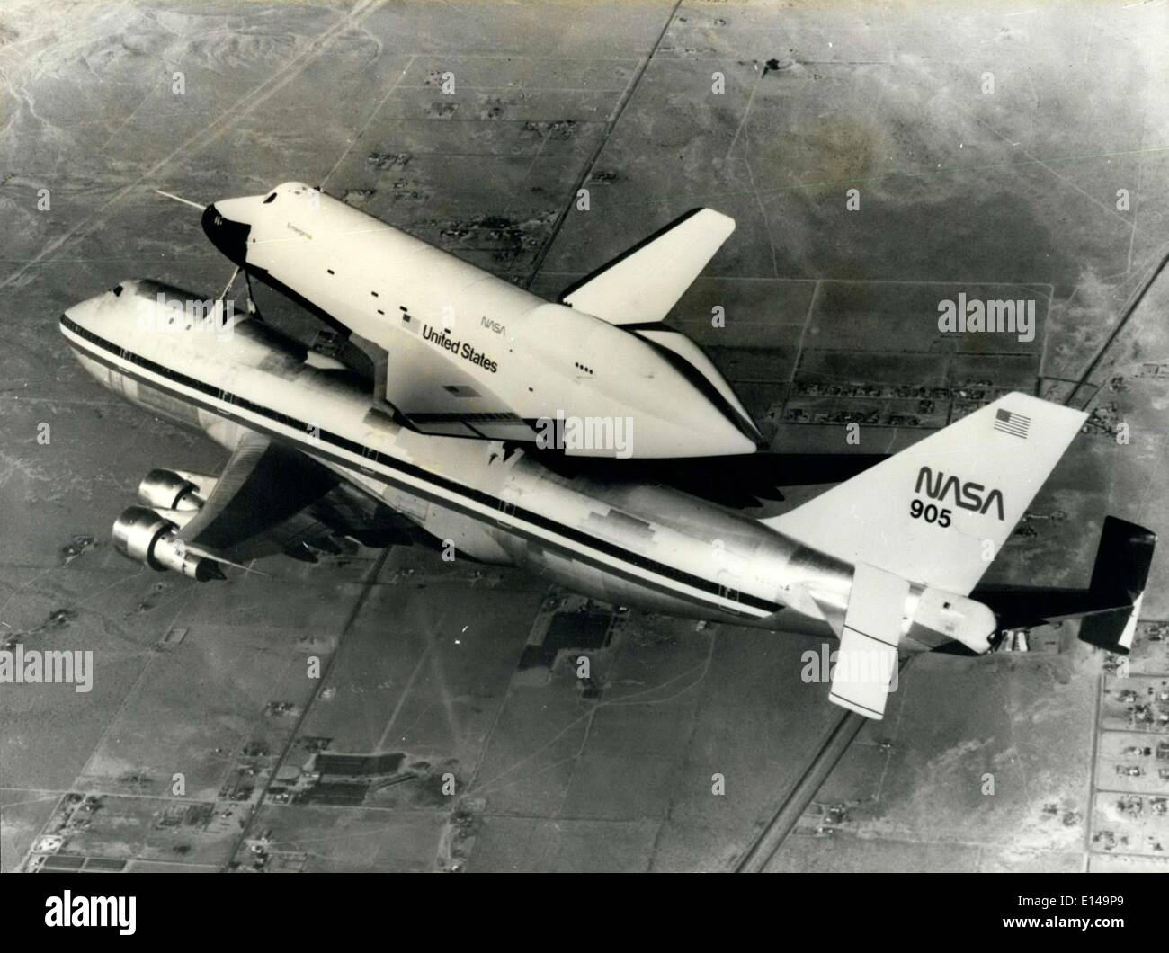 Apr. 17, 2012 - Final Test Flight for Space Shuttle: At the Dryden Flight Research Center, California the 5th final Stock Photo