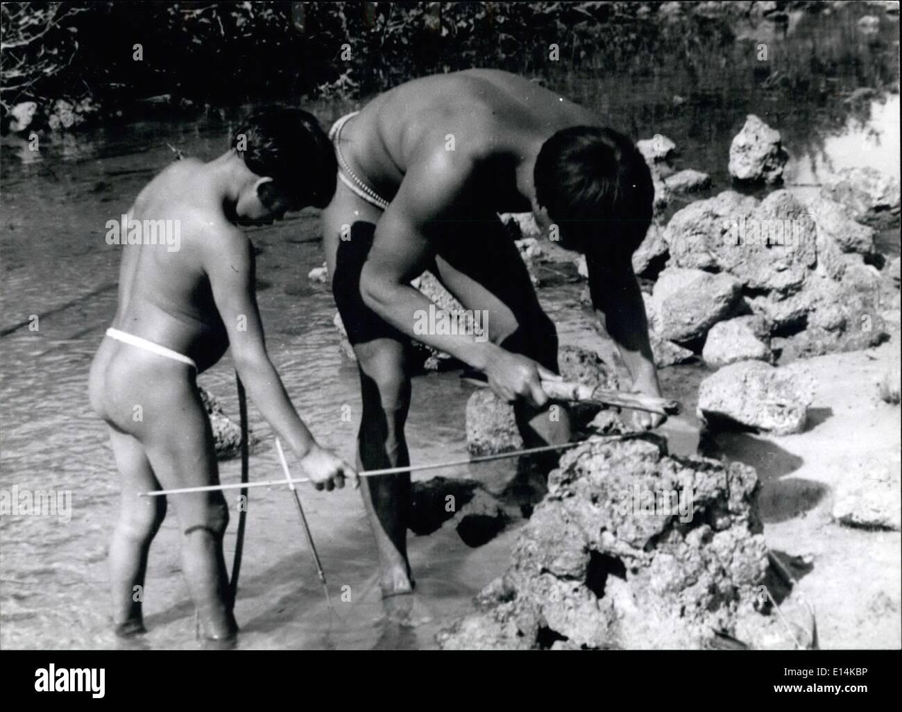 Apr. 18, 2012 - Brazil: Primitive Indians of the Amazon Kamayura tribe - Stock Image