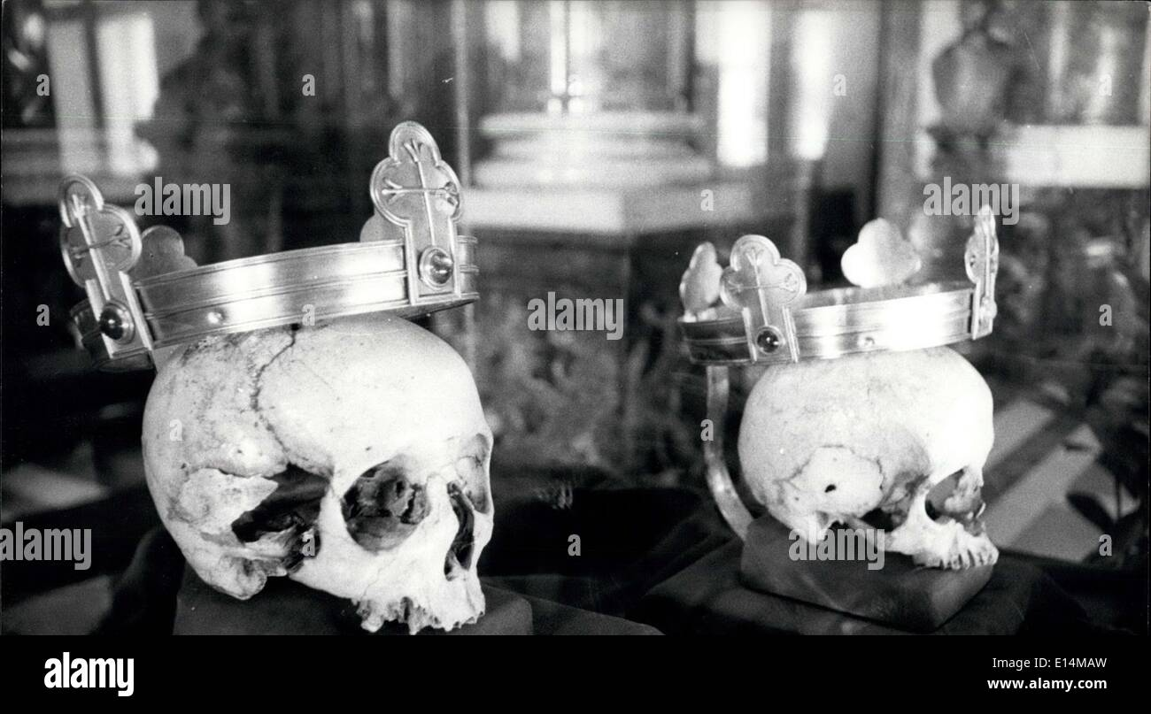 Apr. 05, 2012 - The skull of the Sixth Bohemian king, Vaclav II in the right the skull of his daughter Eliska The premyslide had delicate skulls of ''female structure'' with a typically protruding bone at the root of the nose. They were of slim and rather tall stature. - Stock Image