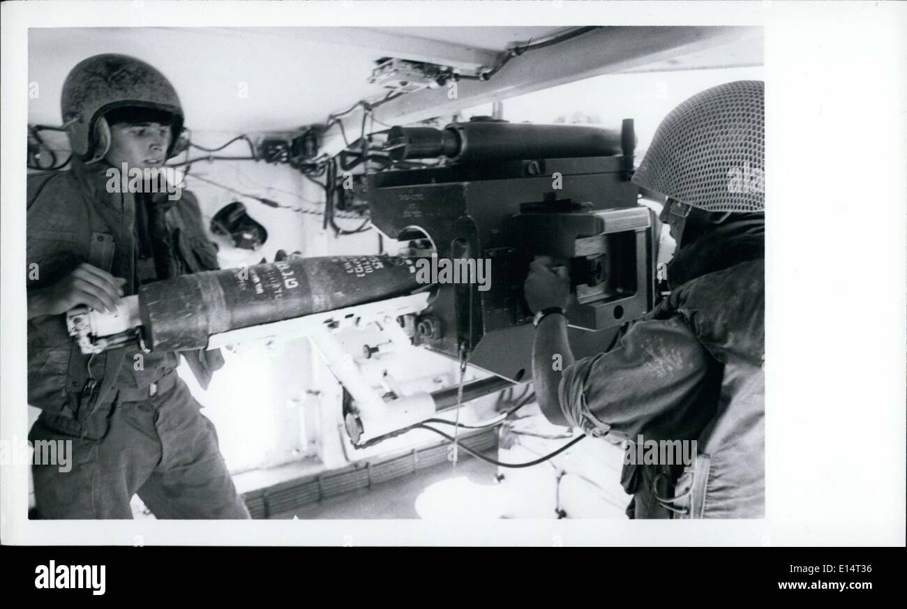 Apr. 18, 2012 - Israeli manufactured Sultam 155 gun built into Sherman tank and entirely covered inside in the n : - Stock Image