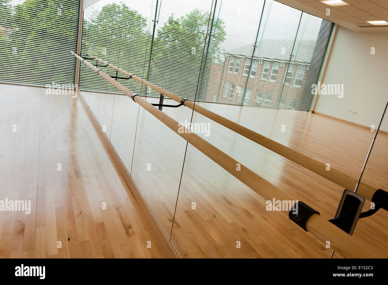 Dance studio and mirror wall at Notting Hill Ealing High School. - Stock Image