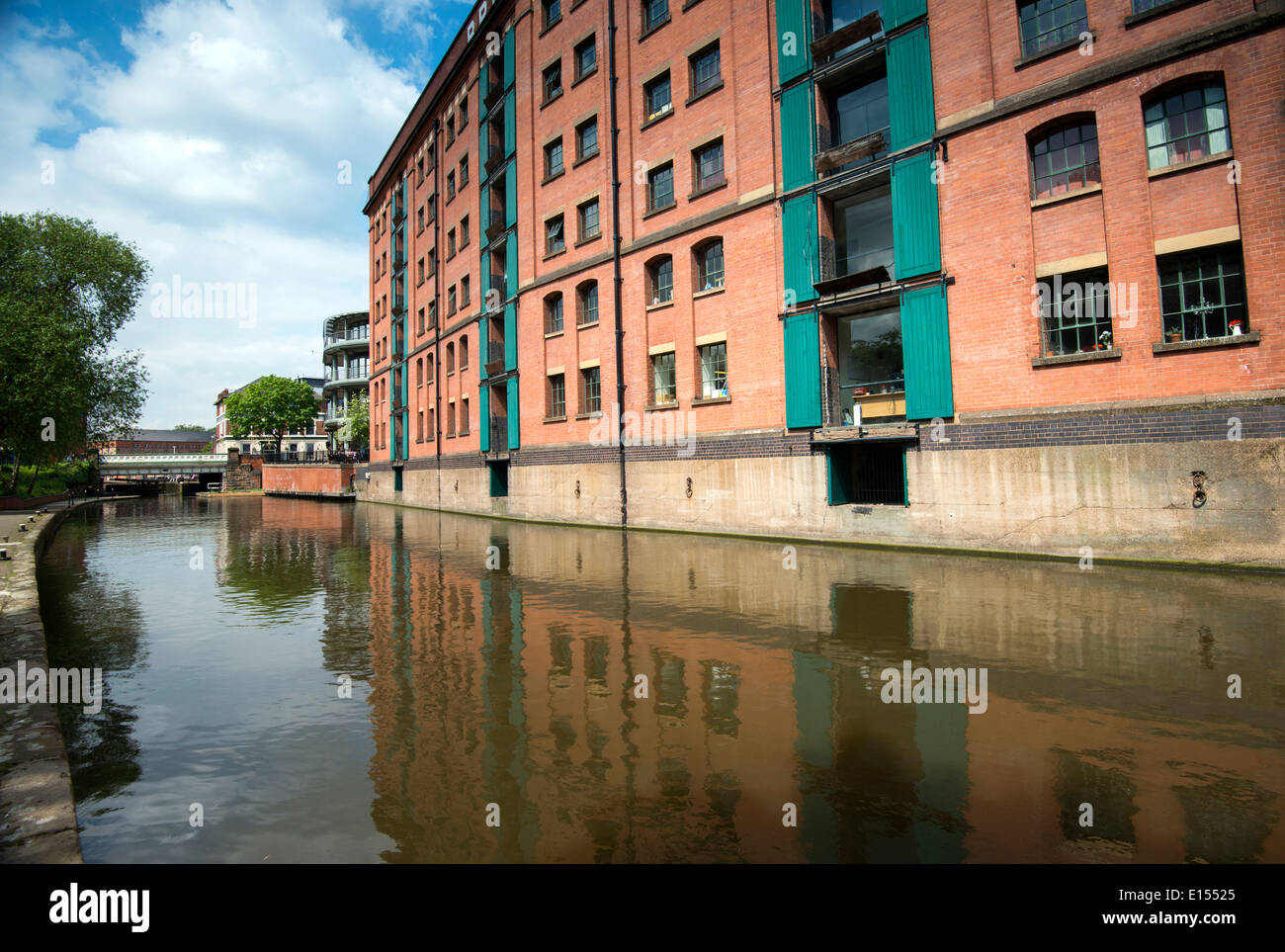 Reflections of the British Waterways Building in the canal in Nottingham City, Nottinghamshire England UK - Stock Image
