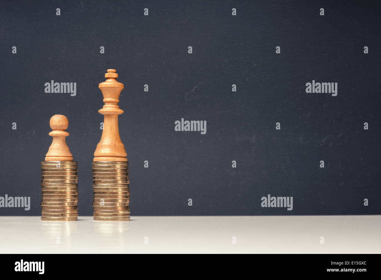 Income differences between rich and poor - Stock Image
