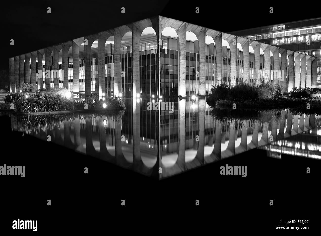 Brazil, Brasilia: Itamaraty Palace in black and white version - Stock Image