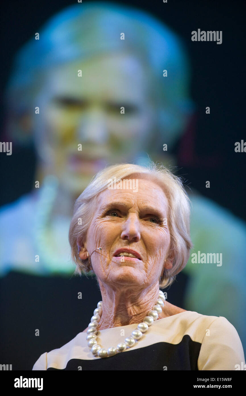 Hay on Wye, Wales UK, Friday 23 May 2014 MARY BERRY speaking on day 2 of the 2014 Hay Festival, Powys, Wales UK Stock Photo