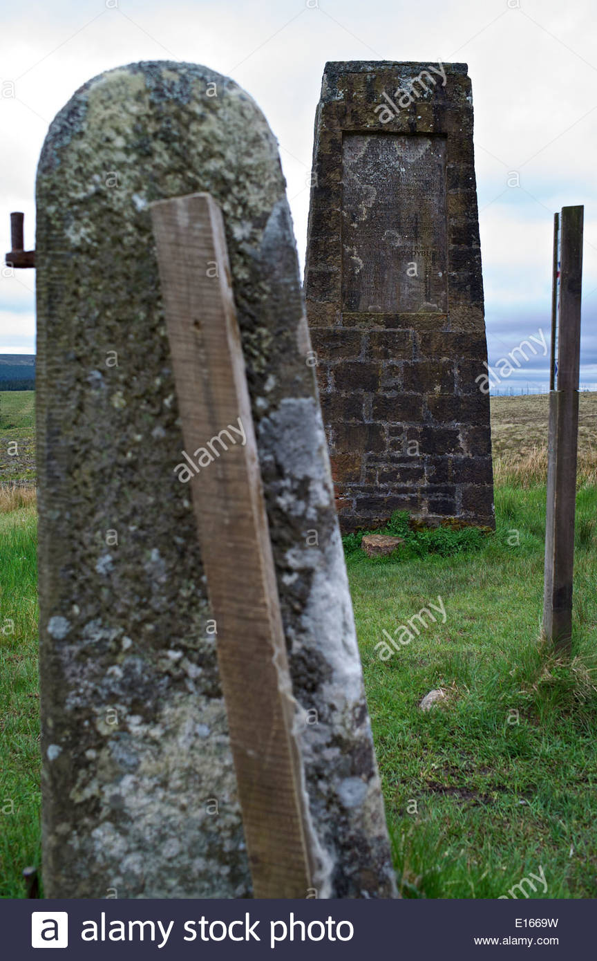 A pillar at Bloody Bush records the tolls charged for the passage of various livestock, coal, and distances to local towns. - Stock Image