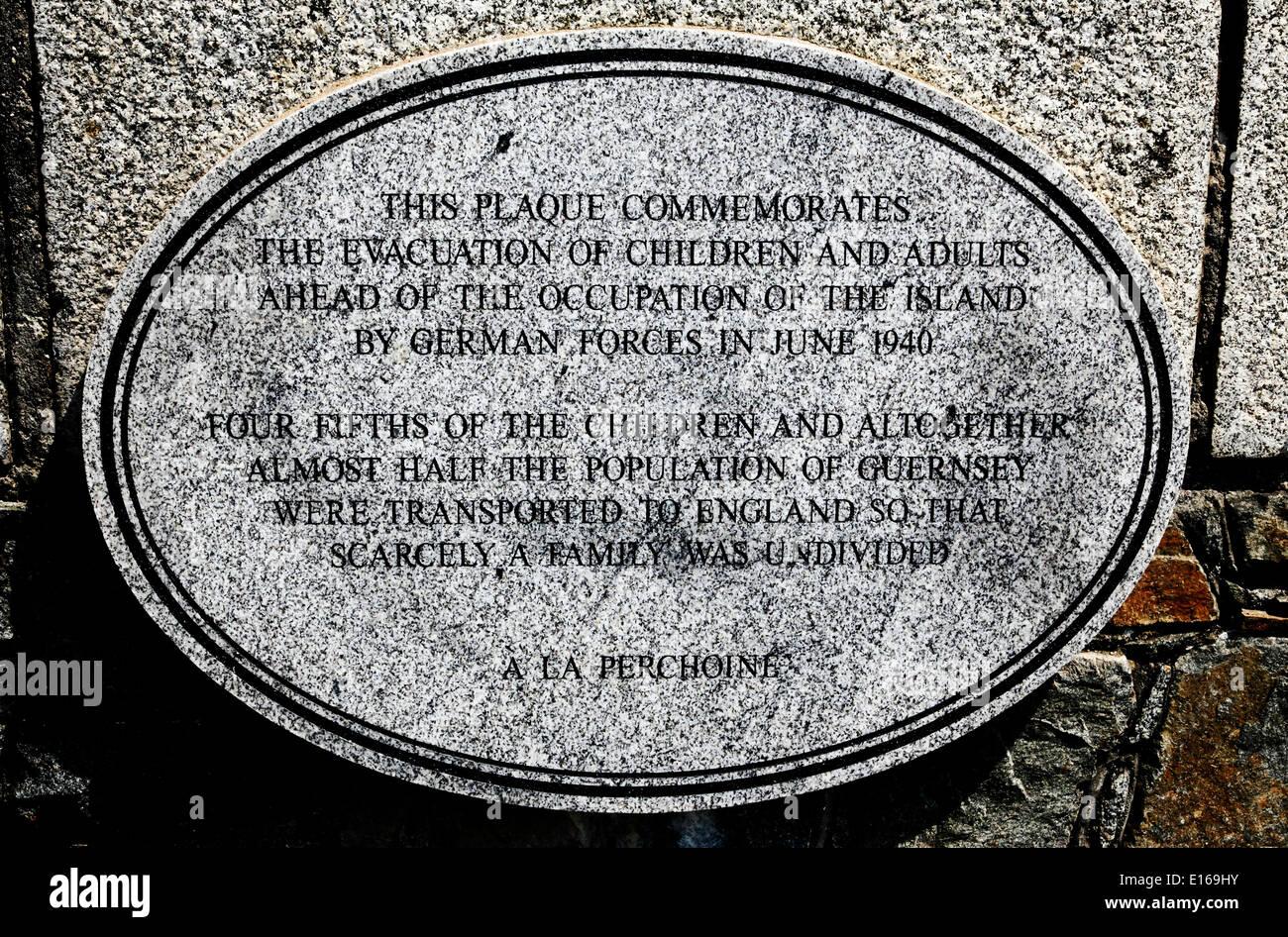 9201. St Peter Port, WW2 War Memorial, Guernsey, Channel Islands, UK, Europe - Stock Image