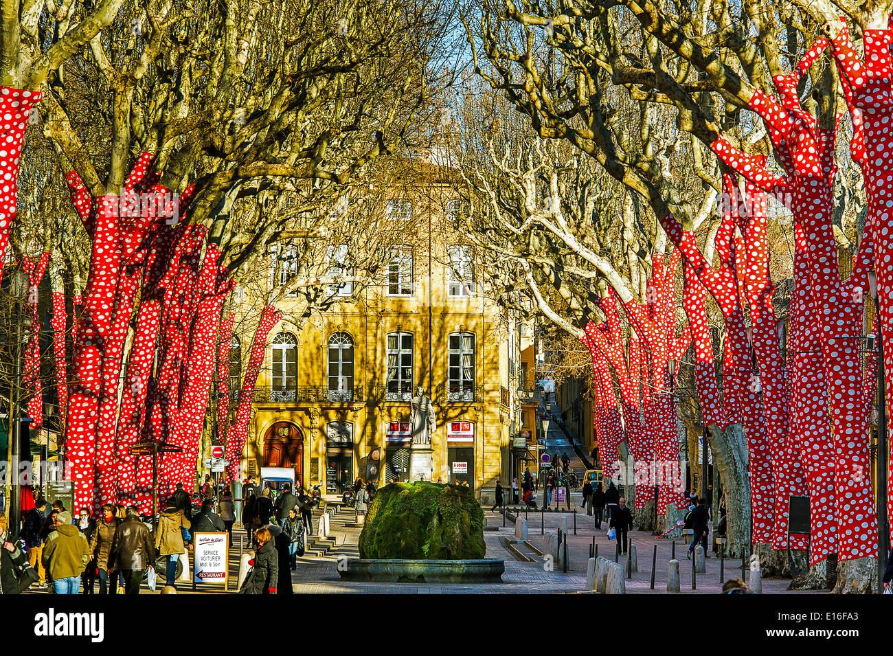 Europe, France, Bouches-du-Rhone, Aix-en-Provence. European Capital of Culture 2013. Cours Mirabeau. - Stock Image