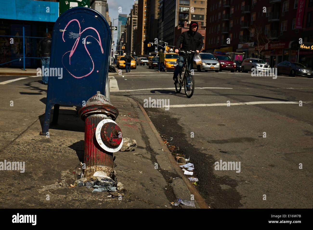 Fallen fire hydrant, New York, NY, US - Stock Image
