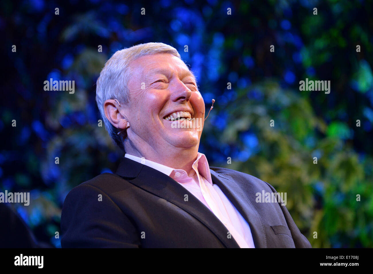 Hay on Wye, Wales UK. Sunday 25 May 2014. Former Labour cabinet member, and Orwell Prize winning author, ALAN JOHNSON  the fourth day of the 2014 Daily Telegraph Hay Literature Festival, Wales UK photo Credit: keith morris/Alamy Live News - Stock Image
