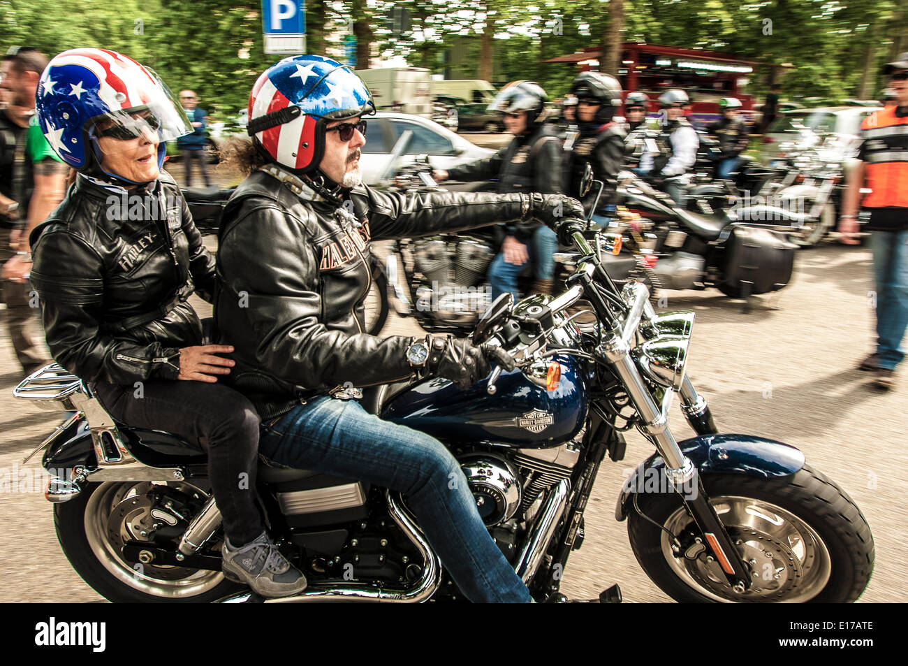Piedmont, Italy. 25th May, 2014. Last day of the meeting Harley Davidson and Jeep with intent beneficial to help dell'IRCC (Institute of Cancer Research Candiolo). This morning the parade through the streets of the city that will end in the center, in Piazza Vittorio Veneto. Credit:  Realy Easy Star/Alamy Live News - Stock Image