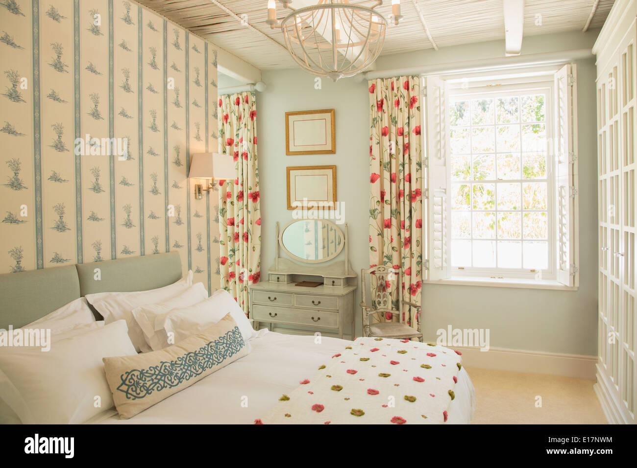 Luxury bedroom - Stock Image