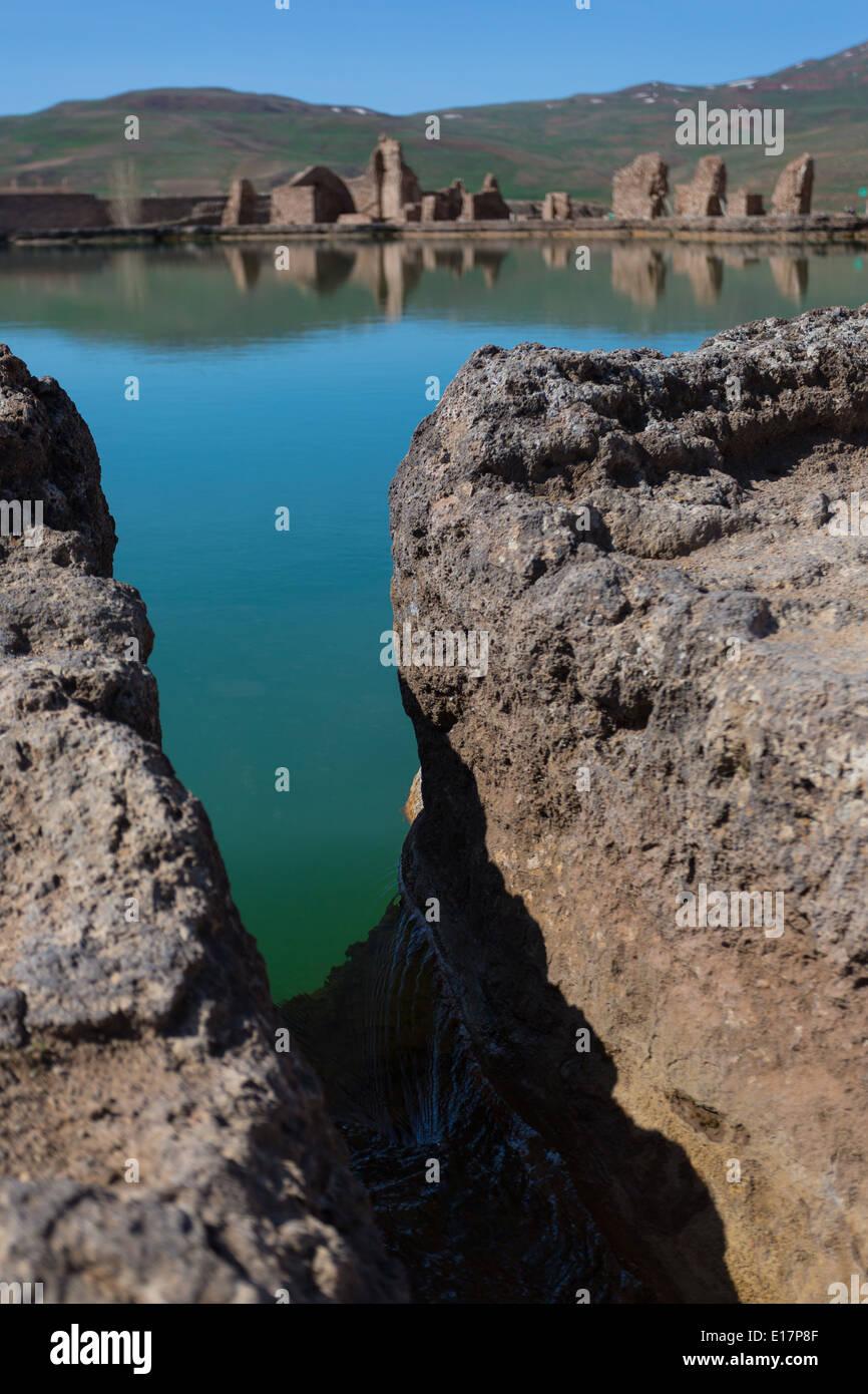 The volcanic lake of Takt-e-Soleiman, Iran - Stock Image