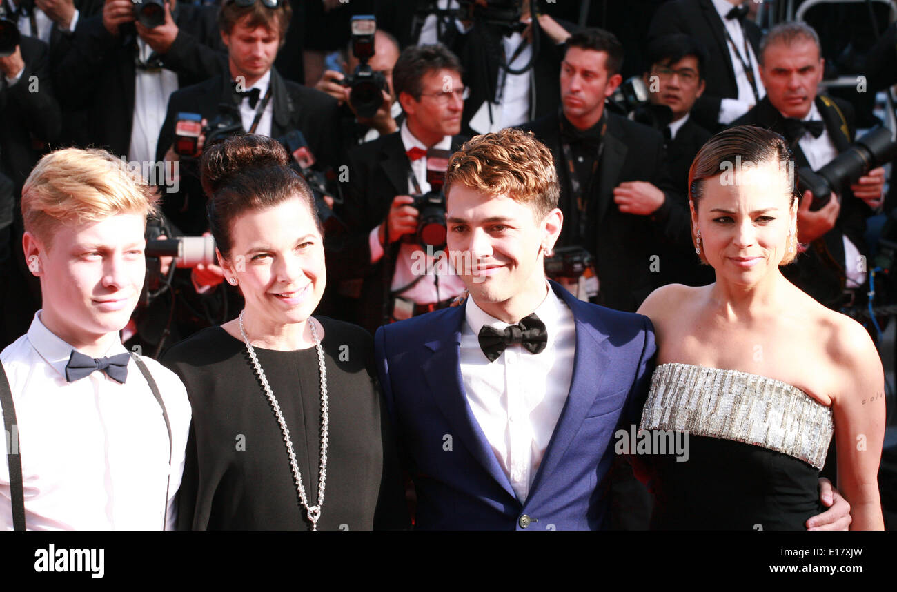Antoine-Olivier Pilon, Anne Dorval. director Xavier Dolan and Suzanne Clement at the Palme d'Or  Closing Awards Ceremony red carpet at the 67th Cannes Film Festival France. Saturday 24th May 2014 in Cannes Film Festival, France. - Stock Image