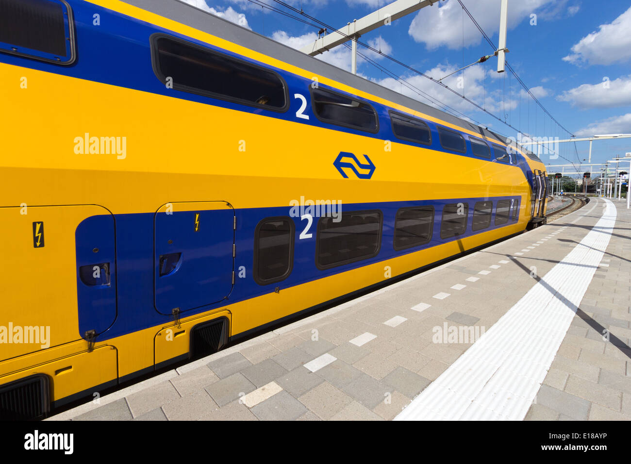 Intercity train at Arnhem Central Station, The Netherlands - Stock Image