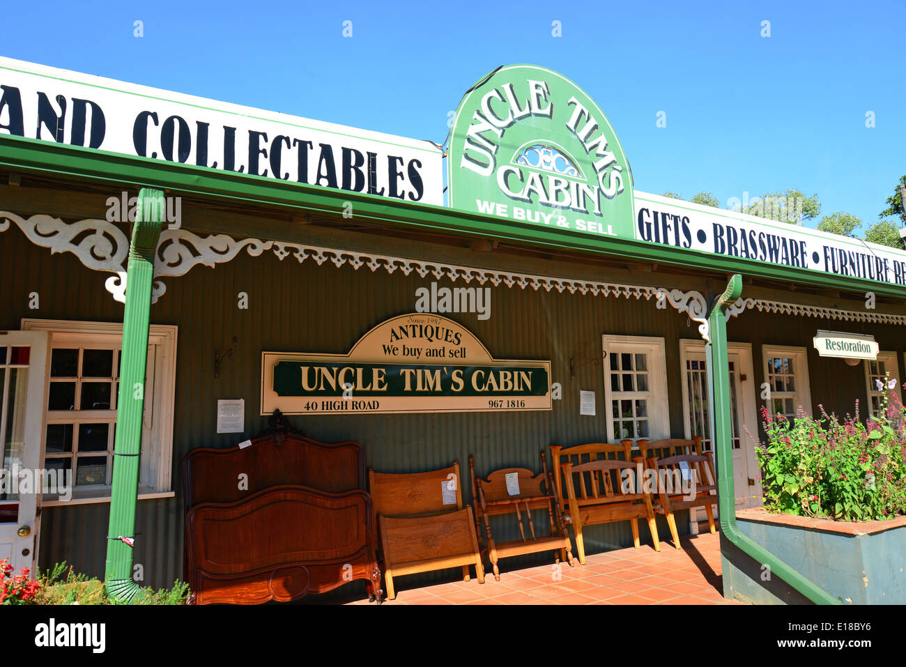 Uncle Tim's Cabin Antiques, High Road, Brentwood Park, Benoni, East Rand, Gauteng Province, Republic of South Africa - Stock Image