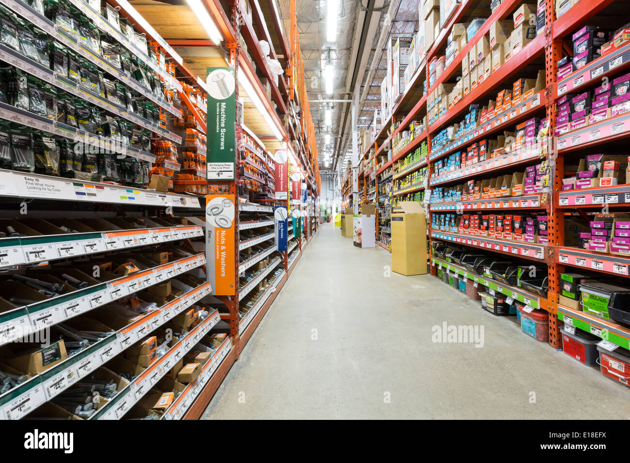 Aisle in a Home Depot hardware store. - Stock Image