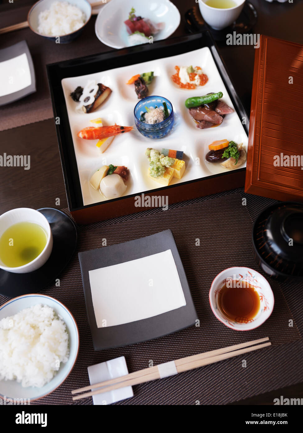 Meal served at a Japanese high-end sushi restaurant. Ginza, Tokyo, Japan. - Stock Image