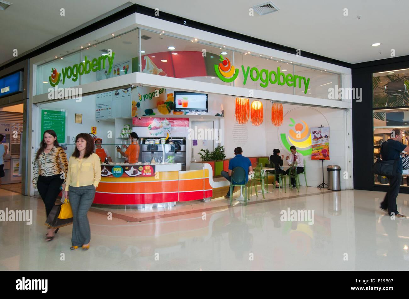 Iguatemi Shopping center Brasilia Brazil - Stock Image